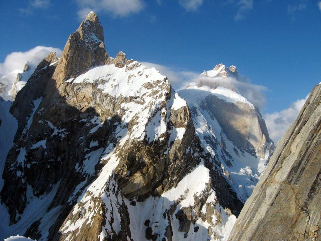 世界の山 難易度ランキング|世界の危険な山10座を登山難易度で独自にランキング