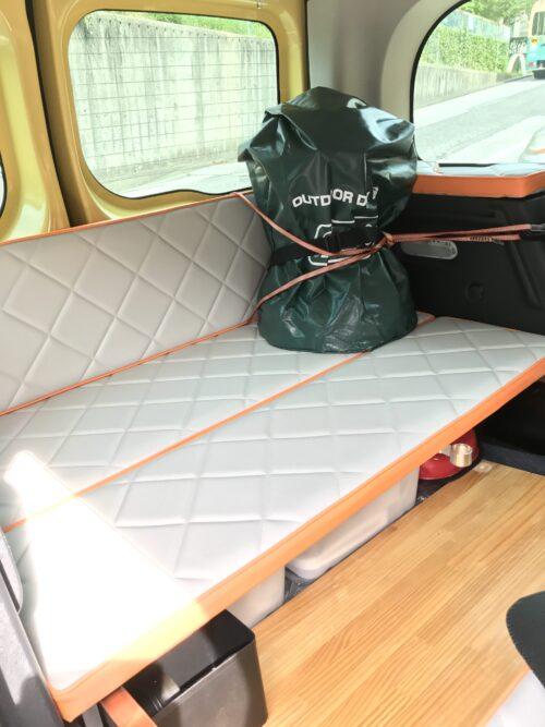 アウトドア防水バッグとトヨトミレインボウ
