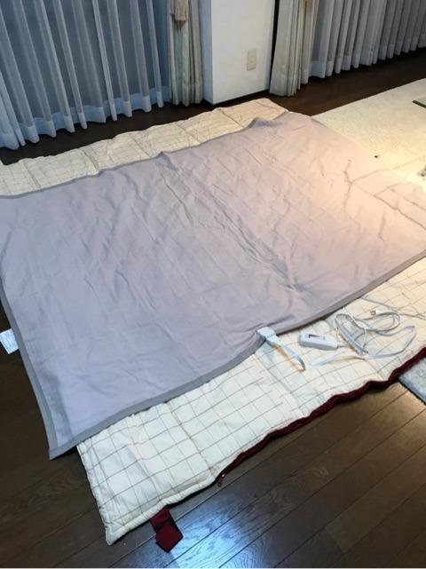 車中泊での電気毛布の敷き方