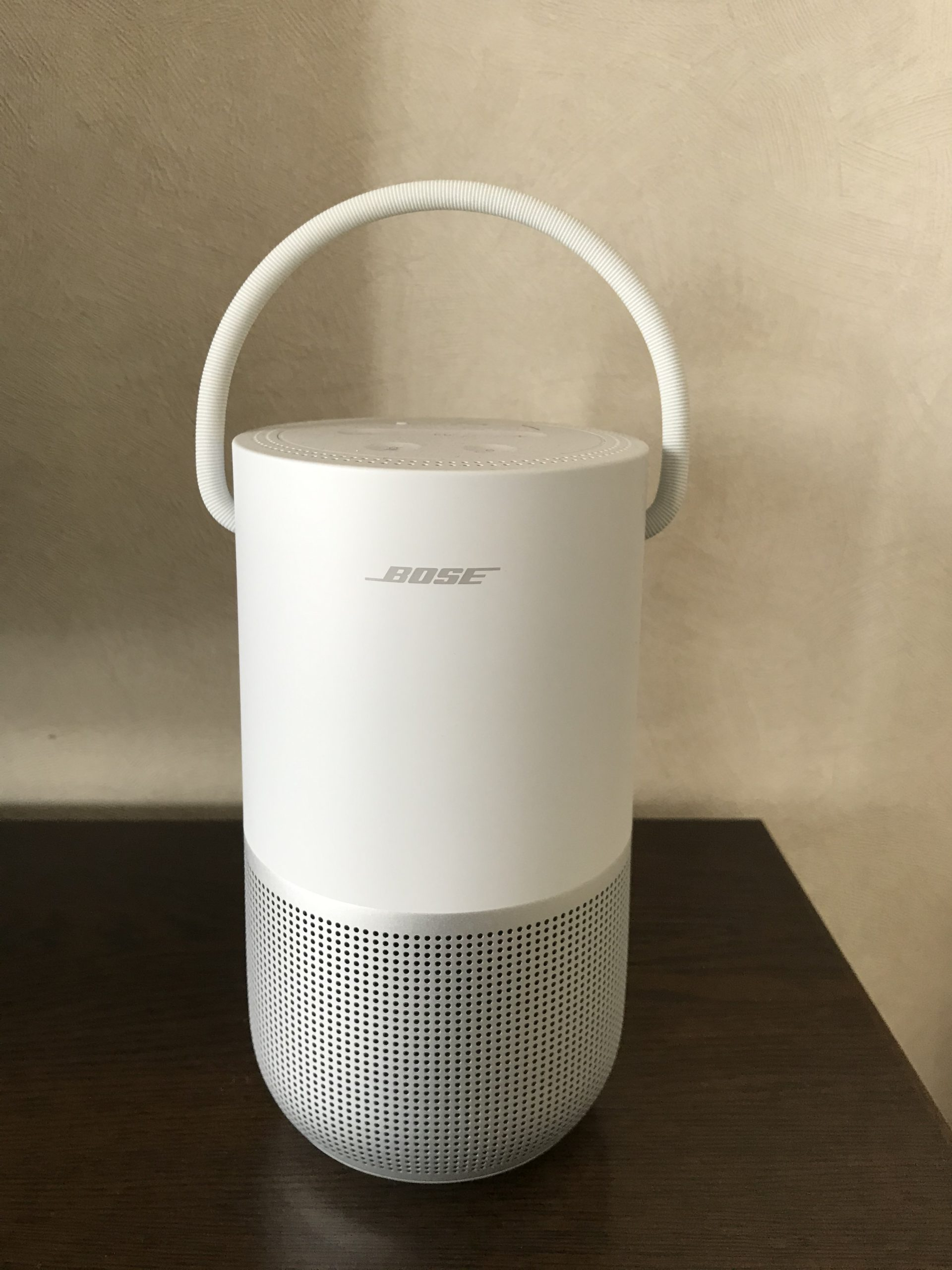 BOSE Portable Home Speaker 本体