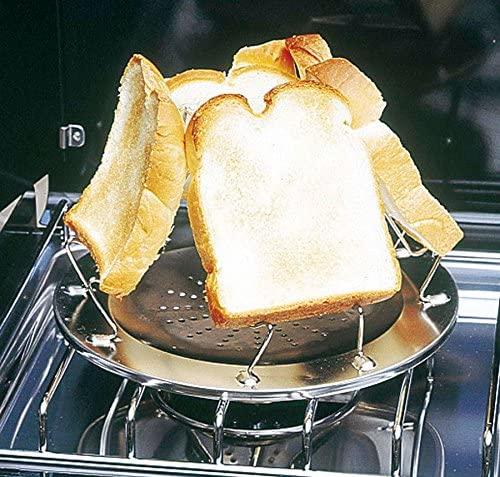 キャプテンスタグのキャンピングロースターでパンを焼く