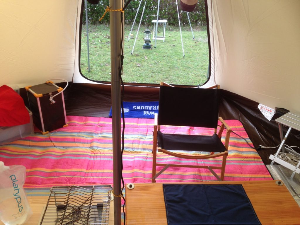 ノーススターランタンケースをテント内で使う