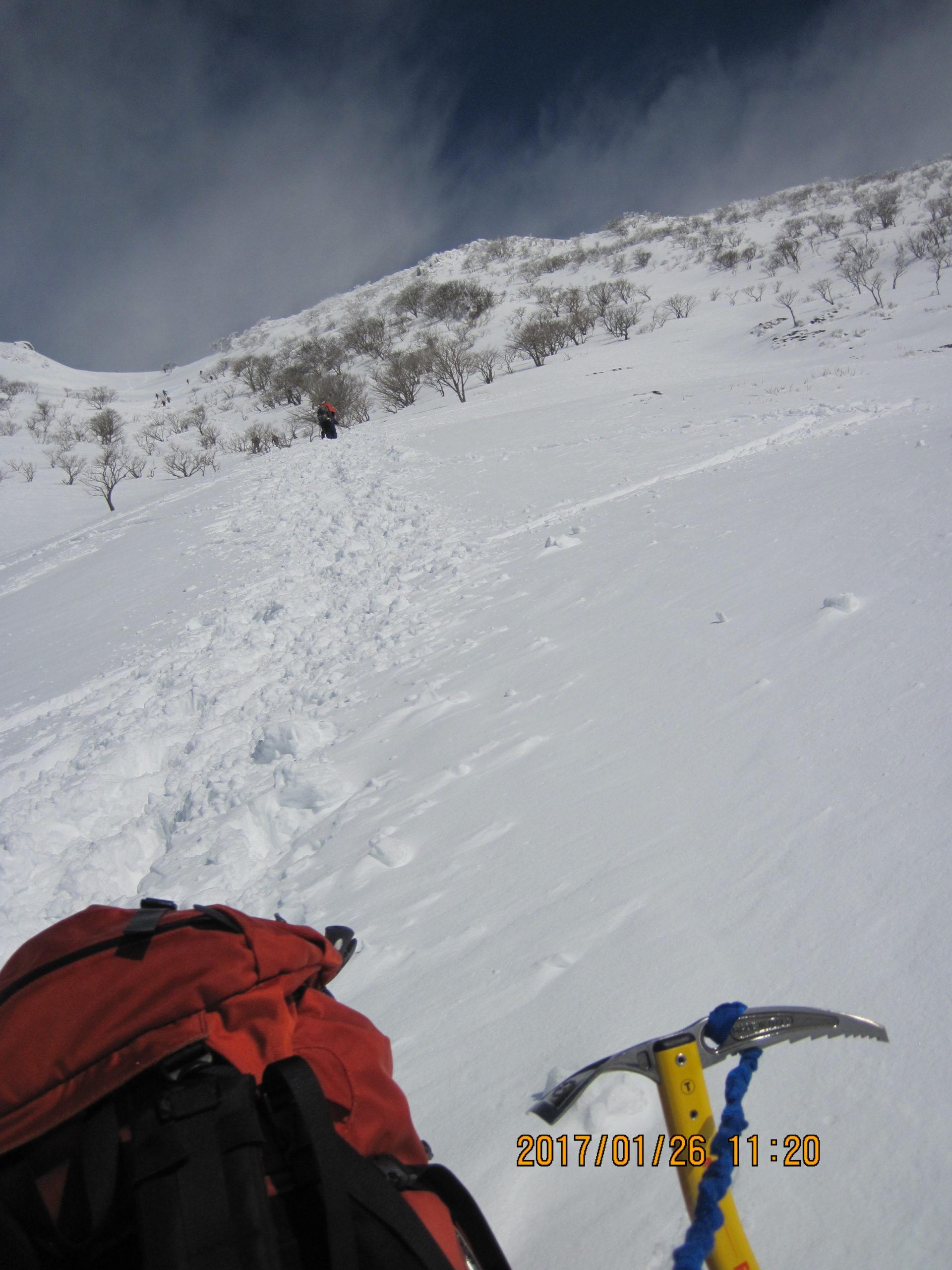伊吹山で冬登山|5合目~9合目